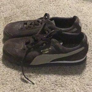 Women's sneaker, Puma's, Brown suede, size 8